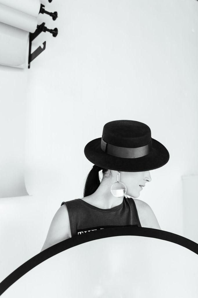 УжгородкаРената Ковач про спосіб сказати хто ти є, не вимовляючи ні слова Zoom Studio