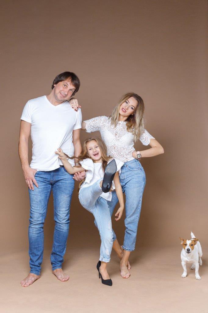 Сімейна фотосесія Zoom Studio