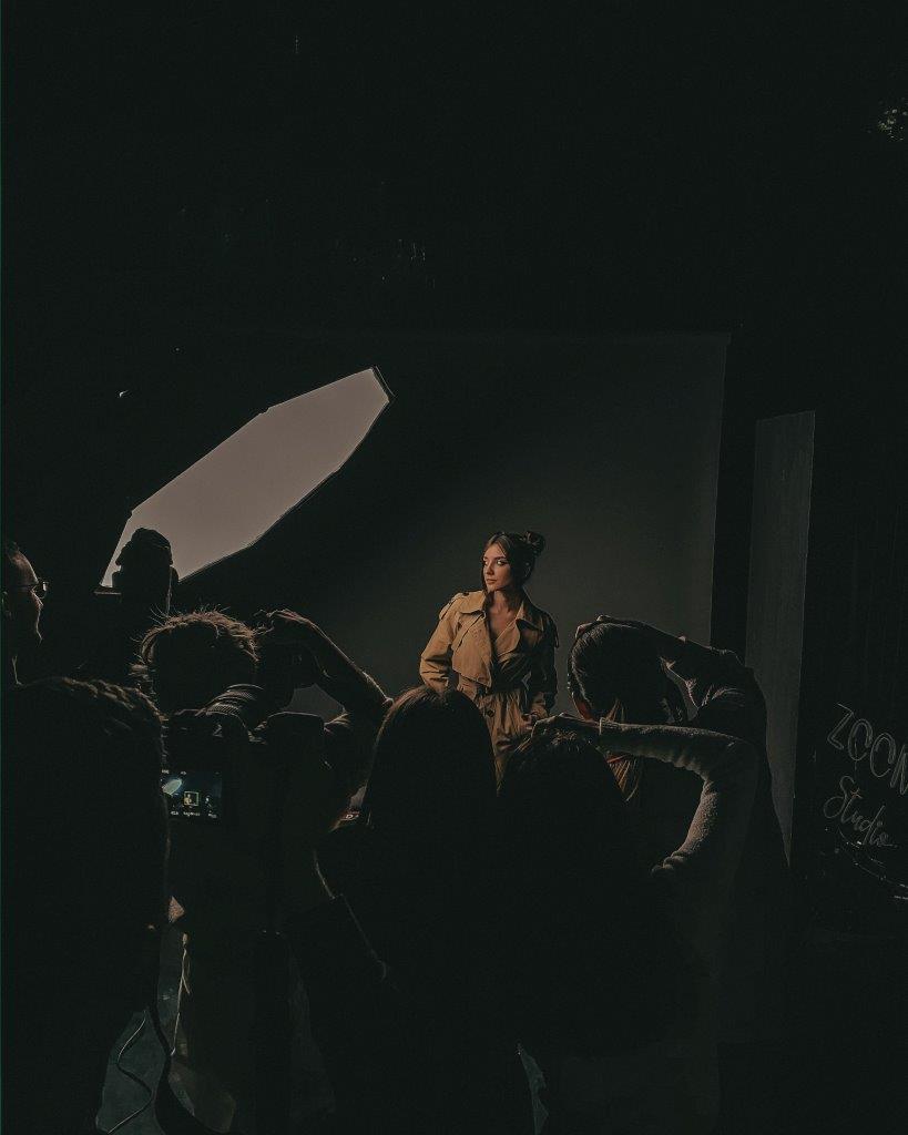 Мобільна фотографія Zoom Studio