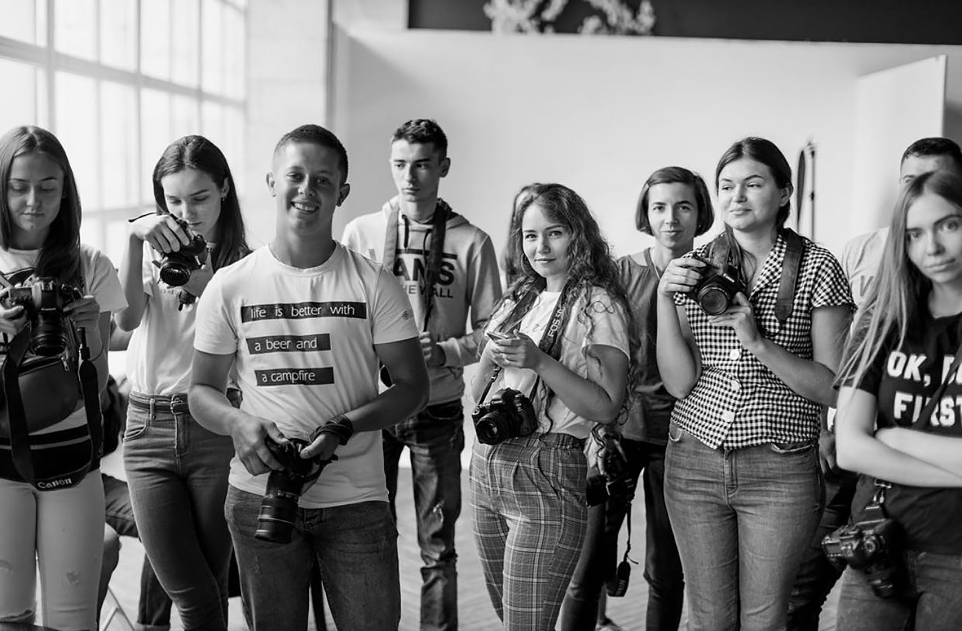 Zoom студія Ужгород