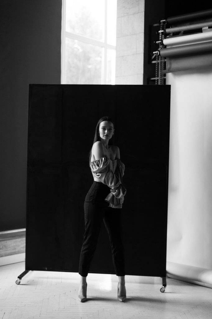 Spring female portrait Zoom Studio